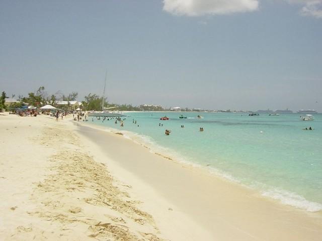 640_800px-seven_miles_beach-grand_cayman