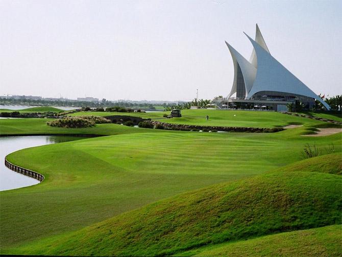 Dubai-Creek-Golf-2526-Yacht-Club