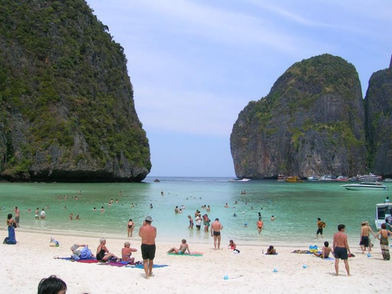 Phi-Phi-Island-Side-View