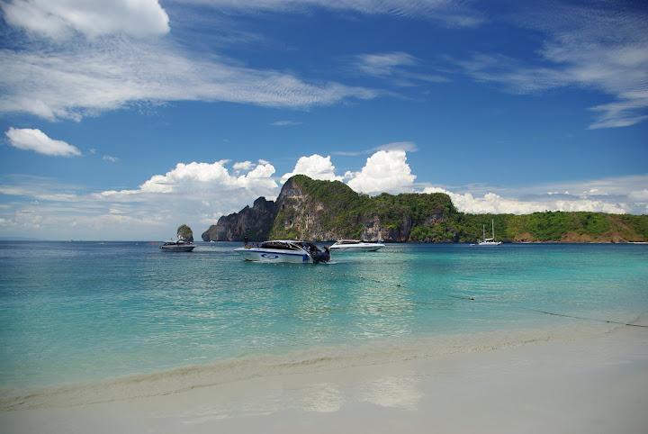 Phi-phi-island-phuket2