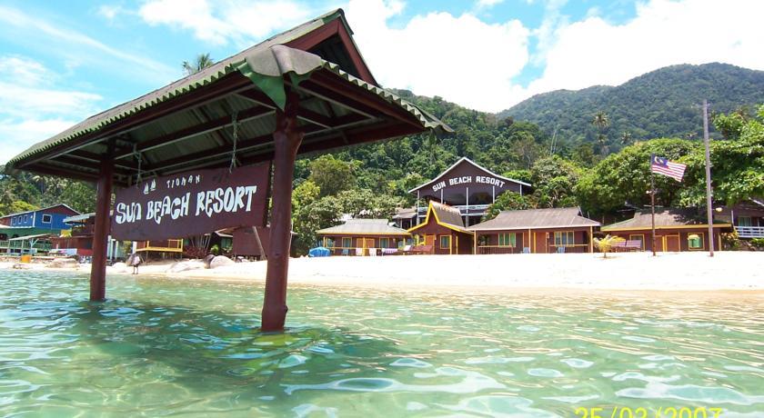 Pulau Tioman Island sun beach resort