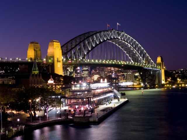 Sydney-Harbour-Bridge-Night-Time-Nice