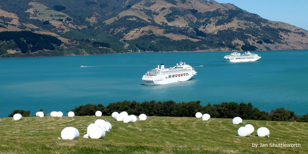 Akaroa New Zealand  city pictures gallery : Akaroa, New Zealand – Tourist Destinations