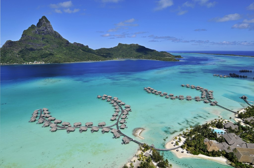 bora-bora-french-polynesia-pacific