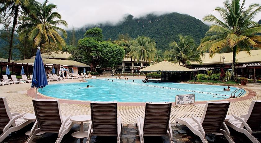 damai beach resort, Santubong