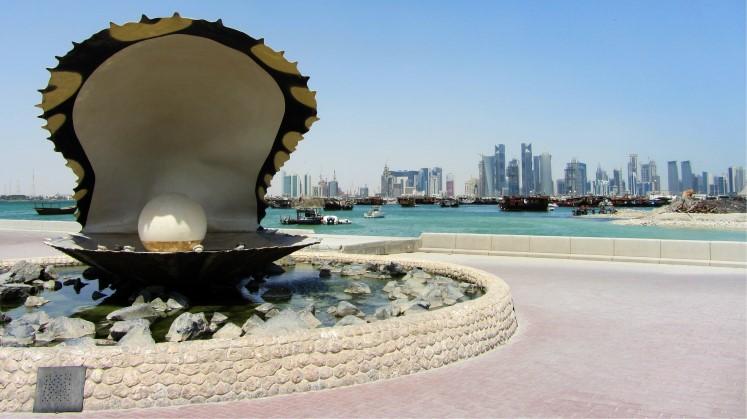 dohaThe-pearl-and-corniche-Qatar