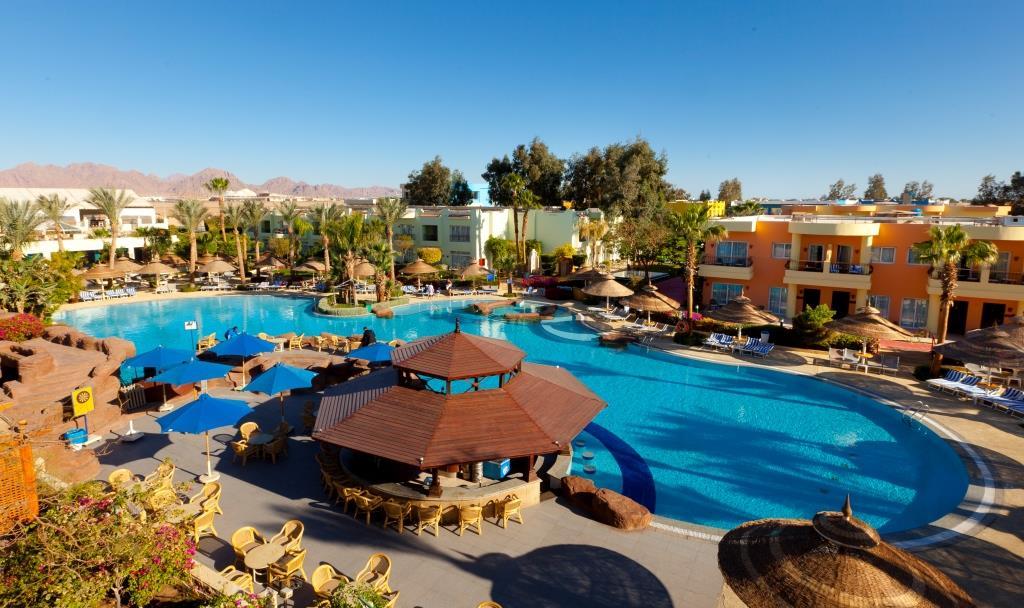 main-pool-sierra-sharm-el-sheikh
