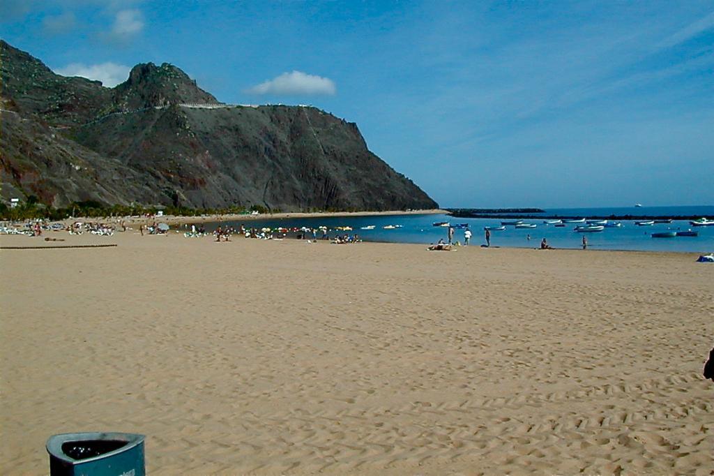 santa-cruz-de-tenerife-beach