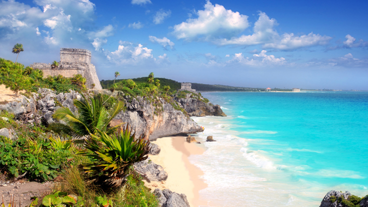 Ancient-Mayan-ruins-by-Tulum-Mexico-Beach-nki
