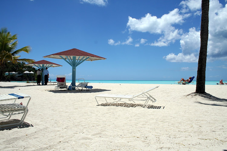 Antigua-sandy-beach