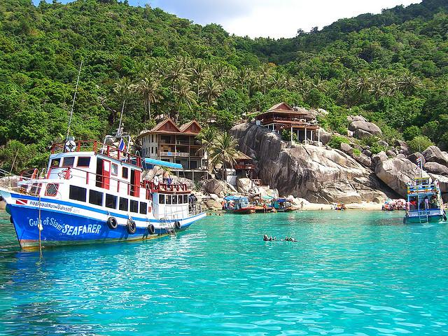 Koh-Tao-Diving-Boat-Koh-Tao-Island-Thailand