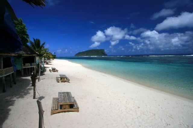 beach-lalomanu-western-samoa