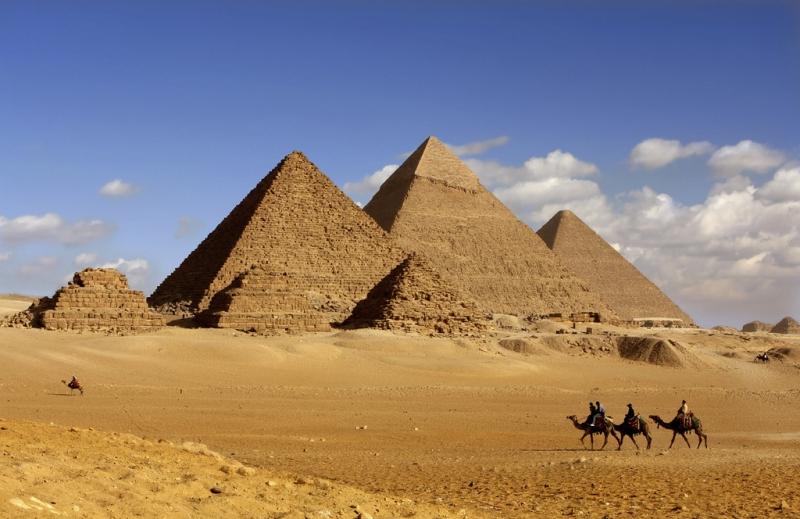 giza-pyramides