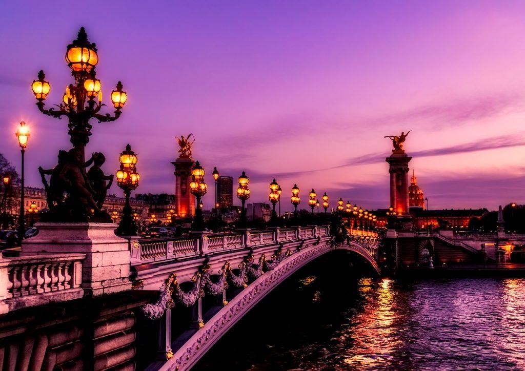 Paris france the city of lights tourist destinations for Best hair salon in paris france