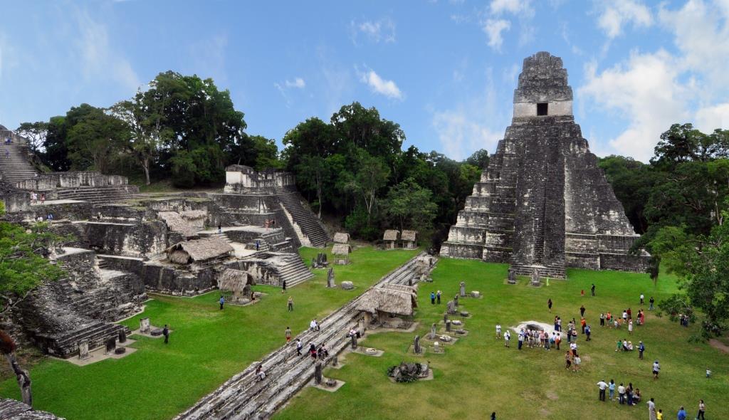 Tikal_mayan_ruins_Guatemala