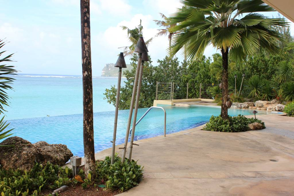 Villa-Kanton-Tasi-Guam-Swimming-Pool