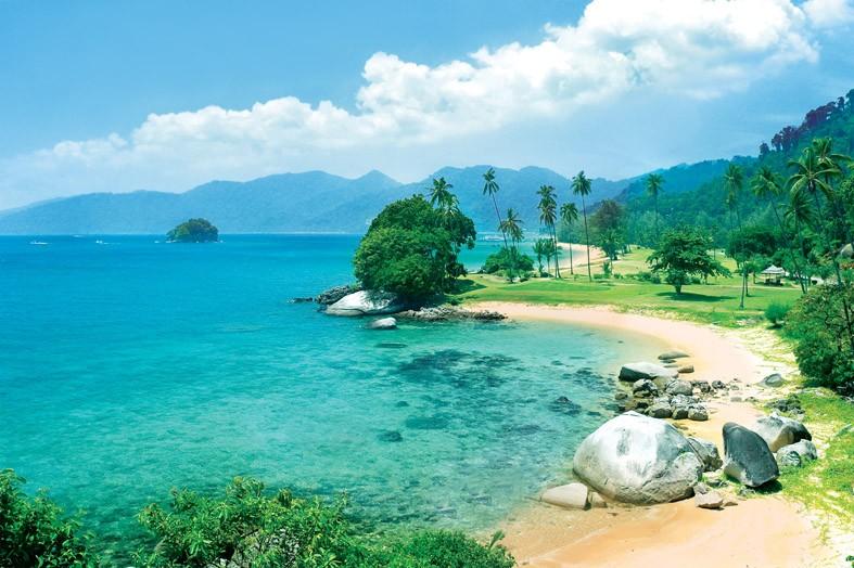 beach-pics-tourism-in-kuala-lumpur-malaysia-beach-picture