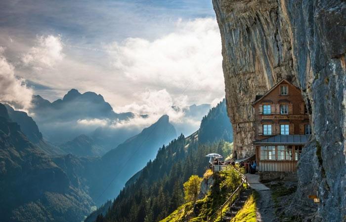 Berggasthaus_Aescher_Mountain_Guest_House_Swiss_Alps