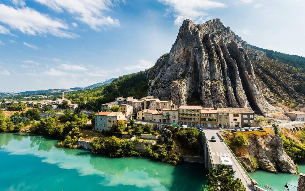 Sisteron-(France)