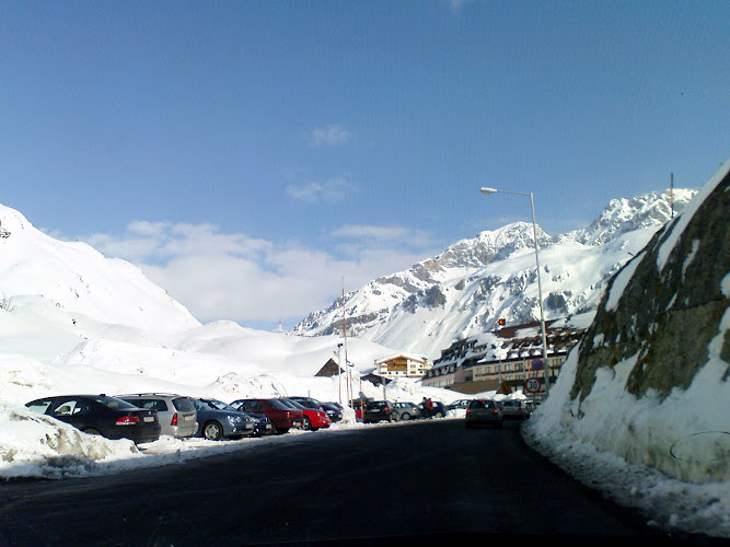 Arlberg-mountains-view