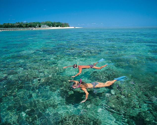 Snorkeling-Maldives-Islands-2