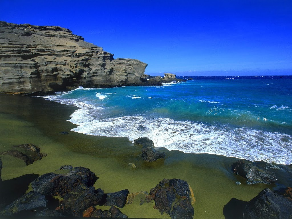 Green-Beach-Big-Island-hawaii