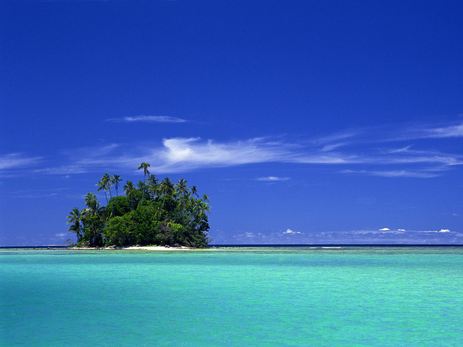 Uninhabited-coral-island-solomon-islands