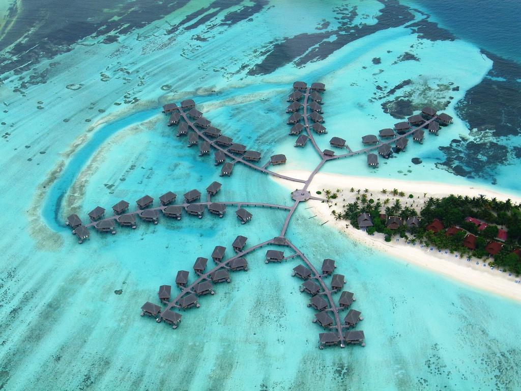 maldives_island_sky_view