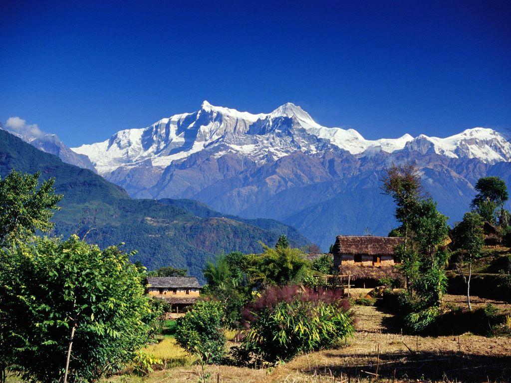 A_village_in_Gandaki_Annapurna_Range_Nepal