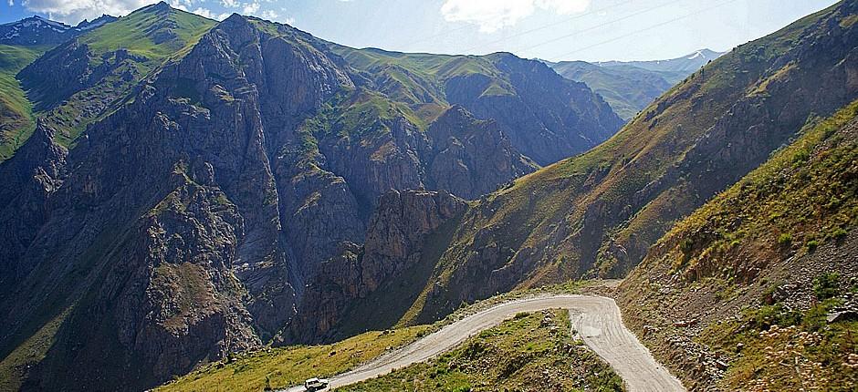 TajikRoads_Mountains