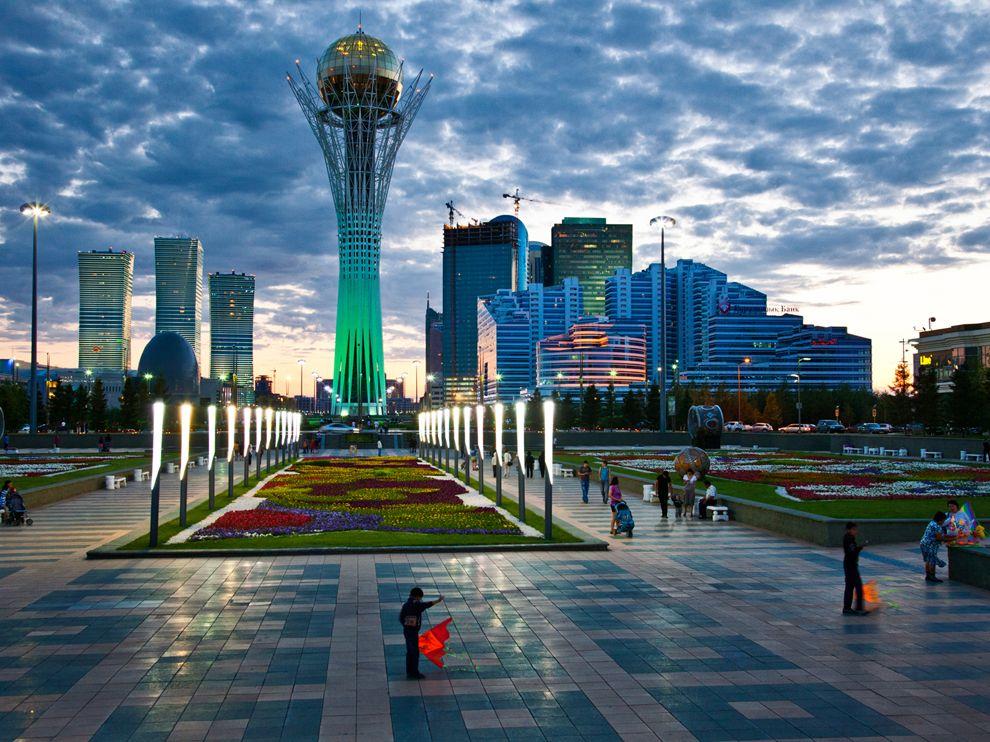 baiterek-kazakhstan-ludwig