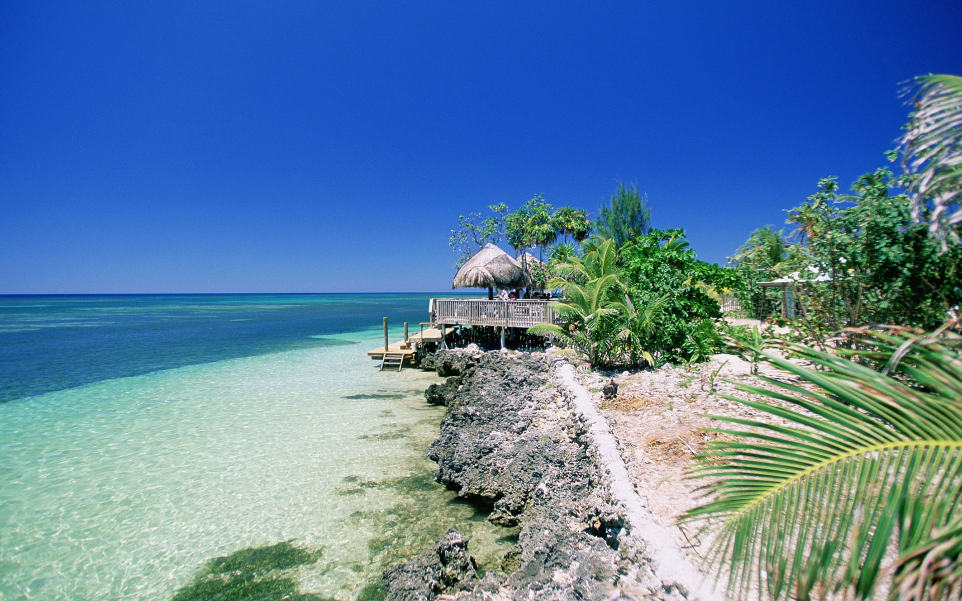 Caribbean, Honduras, Roatan Island, West End Beach, View of a beach