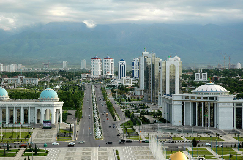Turkmenistan - Ashgabat: view from the Arch of Neutrality