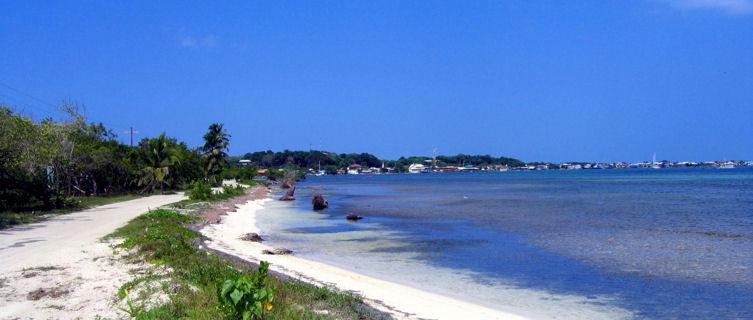 utila-beaches-honduras-3111