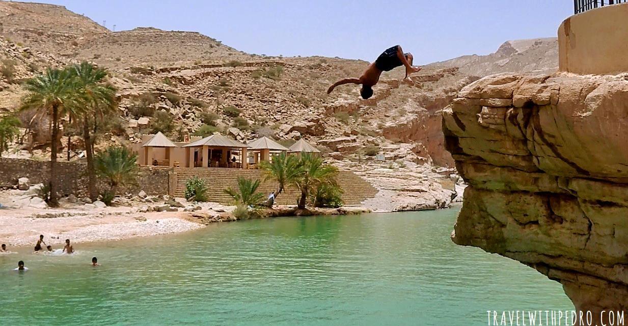 visiting-wadi-bani-khalid-oman-15en