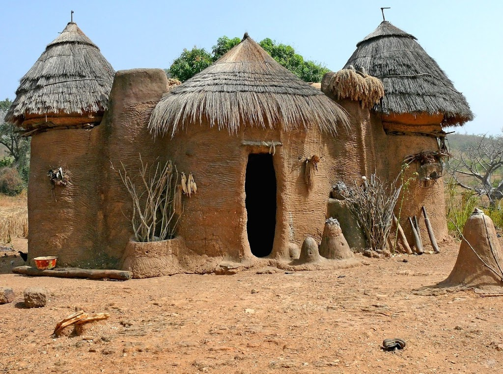 Benin tourist destinations for Wallpaper traditional home