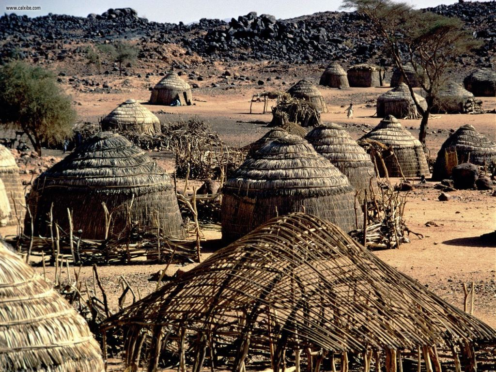Parched_Village_Huts_Niger_Africa