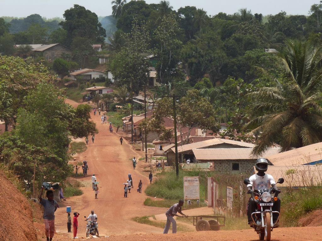 The_paved_road_Liberia