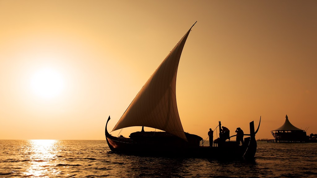 Baros-island-Boat-Sunset-Maldives