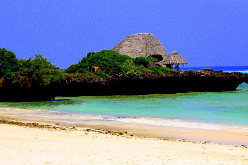 Chale island beach