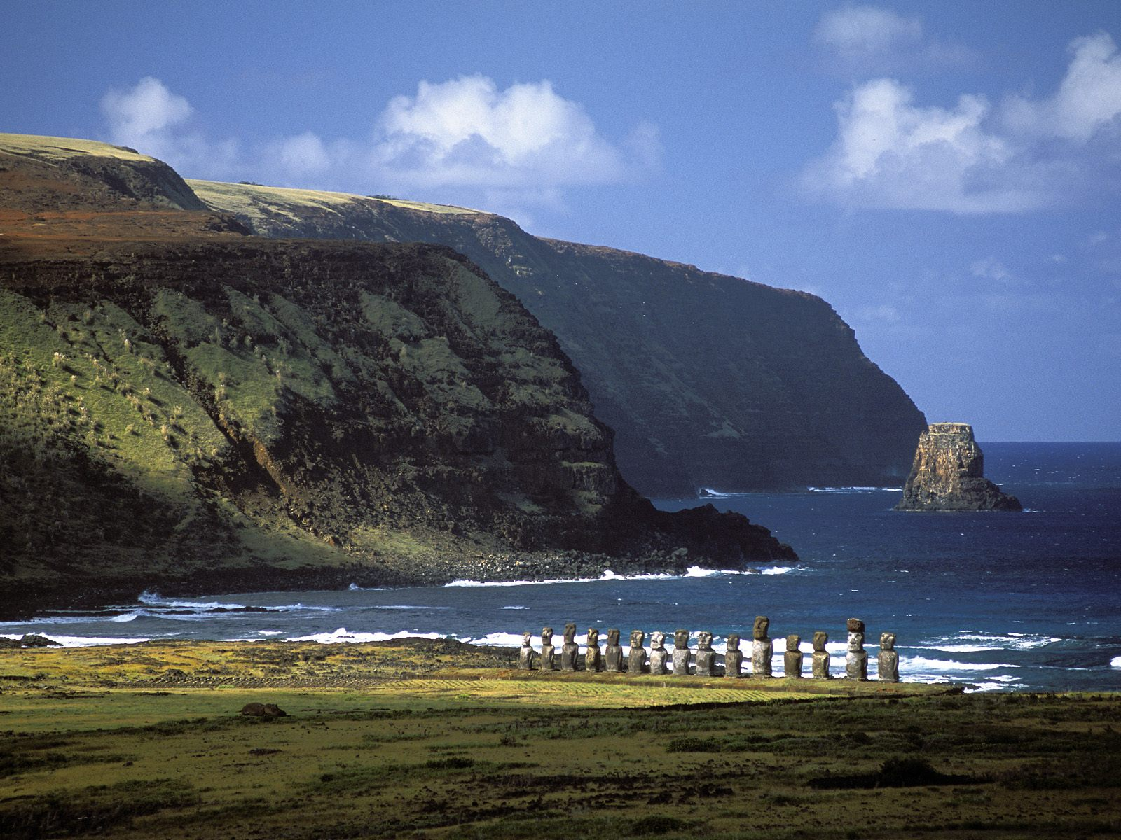 Moai-Statues-Easter-Island-21