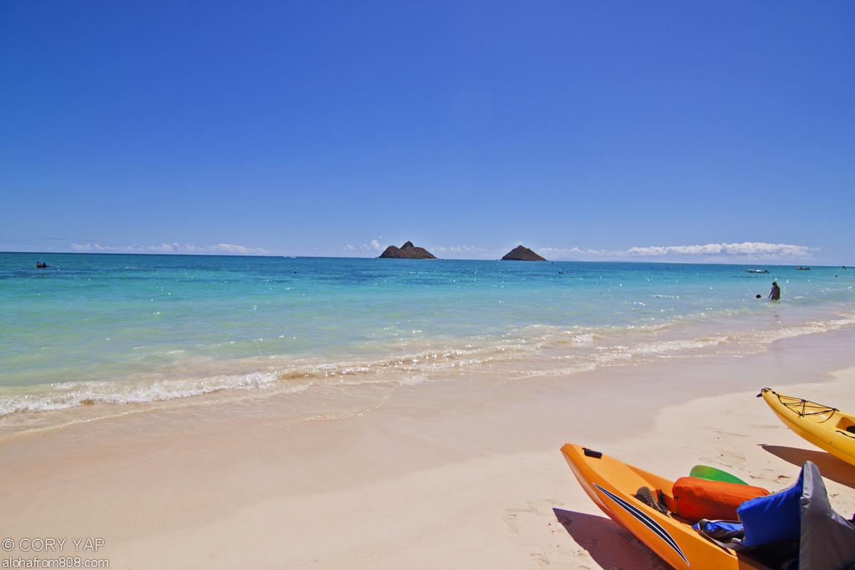 Mokuluas_kayak_lanikai_beach_sm