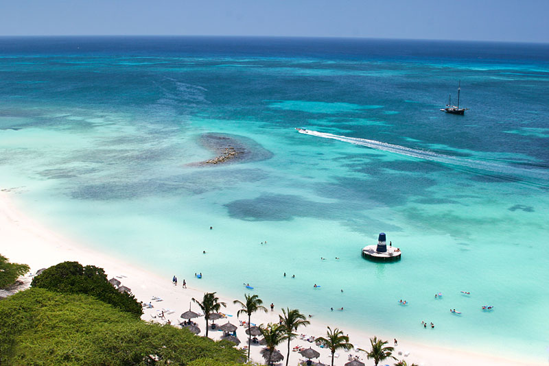 Aruba-Palm-Beach (1)