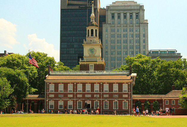 philadelphia-independence-national-historic-park-summer