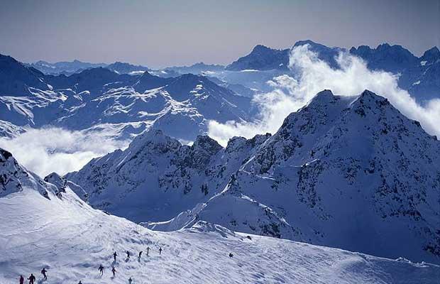 ski-alps_1247485i