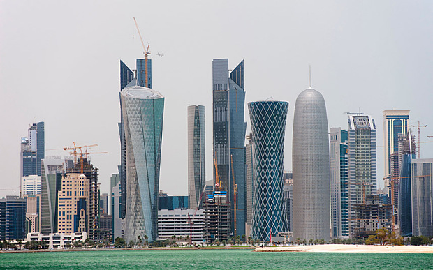C37HN6 Modern high rise office towers form skyline of Doha in Qatar