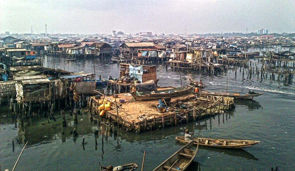 rebecca-Lagos-MAIN-PHOTO