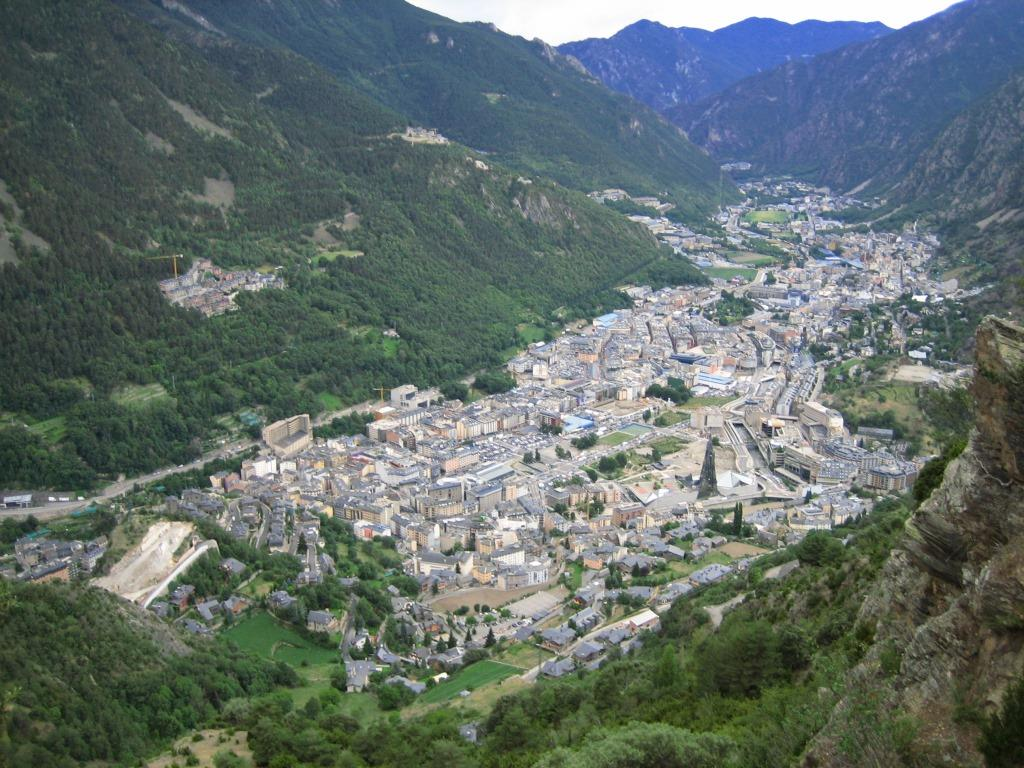 Andorra_la_Vella_and_Escaldes-Engordany_2