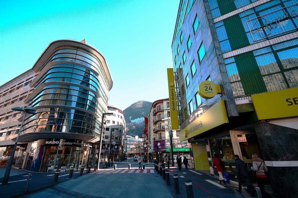Andorra_la_Vella,_center