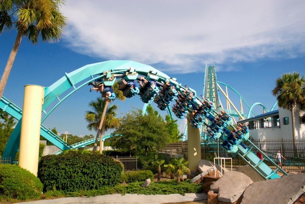 Kraken_(SeaWorld_Orlando)_01